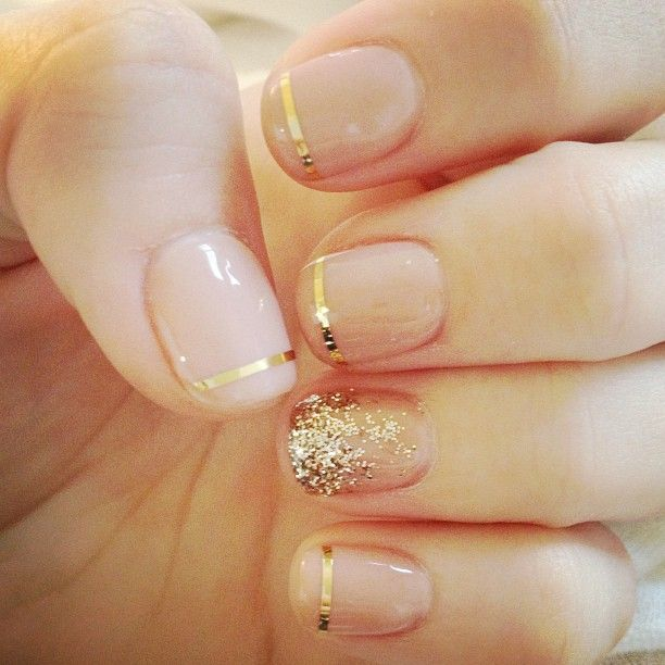 french manicure713ffe3b8960185d386bb31156d22fb2