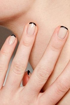 french manicure8cd38964832690735a0b145c768fb7d9
